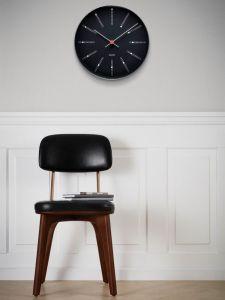 Arne Jacobsen - Bankers Wanduhr Ø29 cm, schwarz